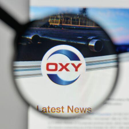밀라노, 이탈리아 -2011 년 11 월 1 일 : 웹 사이트 홈페이지에 Occidental 석유 로고. 스톡 콘텐츠 - 93104644