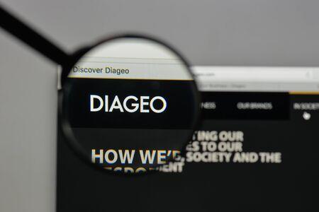 Milan, Italy - August 10, 2017: Diageo  logo on the website homepage. Редакционное