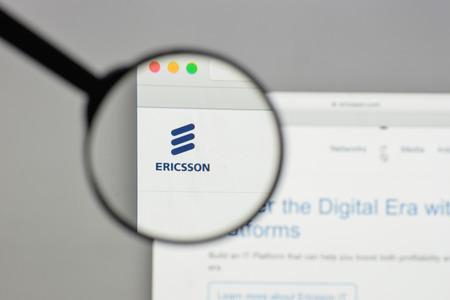 ミラノ、イタリア - 8月 10, 2017: ウェブサイトのホームページ上のエリクソンのロゴ. 報道画像