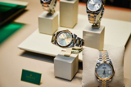 Milan, Italy - September 24, 2017:  Rolex watches in a store in Milan. Fashion week Rolex shopping 에디토리얼
