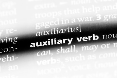 auxiliary verb word in a dictionary. auxiliary verb concept. 版權商用圖片
