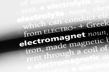electromagnet word in a dictionary. electromagnet concept