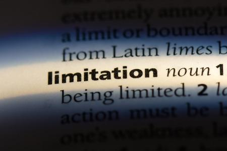 limitiaton palabra en un diccionario. concepto de limitación.