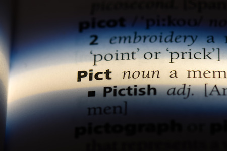 pict word in a dictionary. pict concept. Banco de Imagens