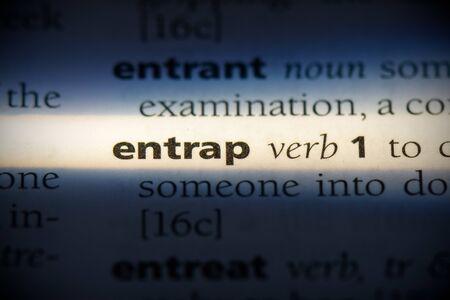 entrap word in a dictionary. entrap concept, definition.