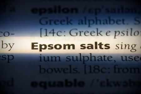 epsom salts word in a dictionary. epsom salts concept, definition. 写真素材 - 132116569