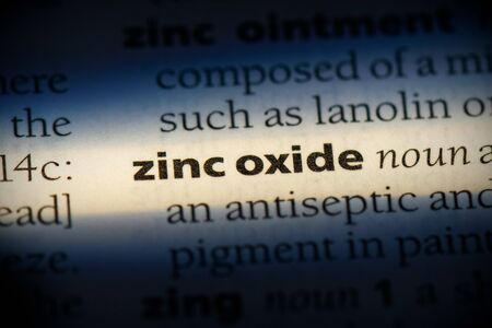 zinc oxide word in a dictionary. zinc oxide concept, definition. Stockfoto