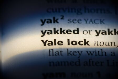 yale lock word in a dictionary. yale lock concept, definition. 写真素材 - 132117604