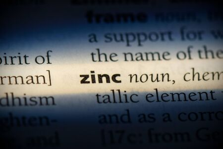 zinc word in a dictionary. zinc concept, definition. 版權商用圖片
