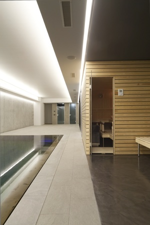 pool and sauna, indoor