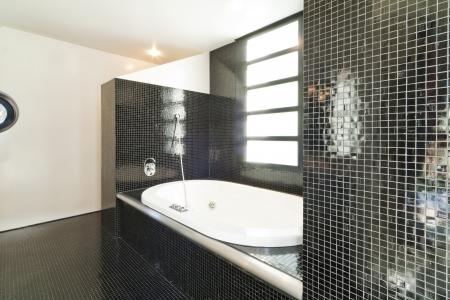 Modern bathroom Stock Photo - 18713676