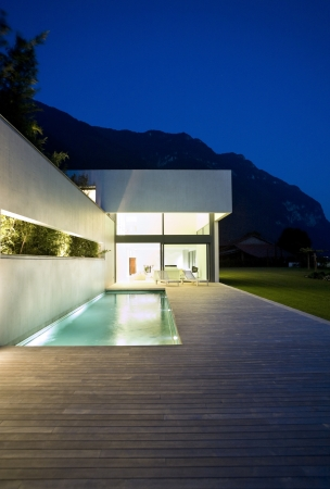 teck: exterior modern beauty house with pool