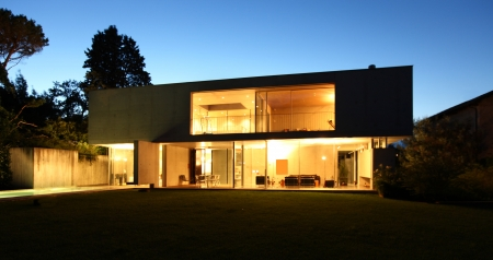 modern house, exterior at the night Stock Photo