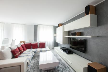 sala de estar: Interior moderno de sala de estar