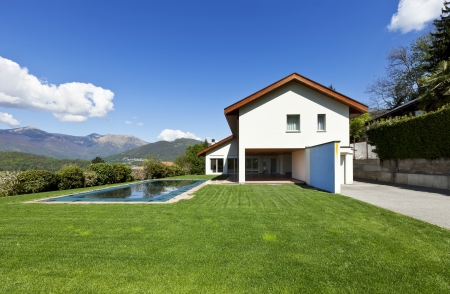 country house: beautiful country house with swimming pool, outdoor  Stock Photo