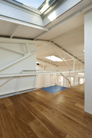 Moderne Designer, Wohnung Mit Mezzanine Lizenzfreie Fotos ...