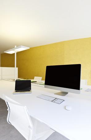 muebles de oficina: moderno diseño interior de la oficina, lugar de trabajo con ordenadores