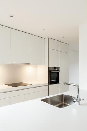 cucina moderna: tra casa nuova, moderna cucina bianca