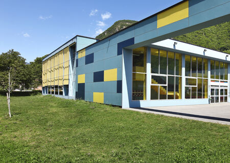 new building: public school, building from the outside