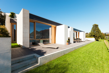 holiday home: beautiful modern house in cement, view from the garden