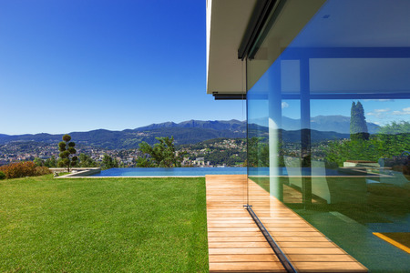 pool water: Villa, infinity swimming pool in the garden