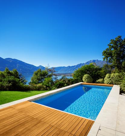 pool water: Modern house, outdoor