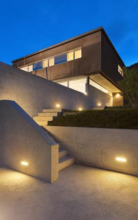 hormigon: Arquitectura de diseño moderno, hermosa casa, escena nocturna