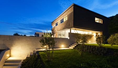 건축 현대적인 디자인, 아름다운 집, 밤 장면