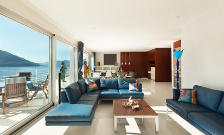 ventana abierta interior: Arquitectura, Interior, apartamento moderno, amplio salón