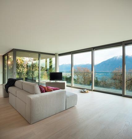 Moderní architektura, krásný byt, obývací pokoj s výhledem