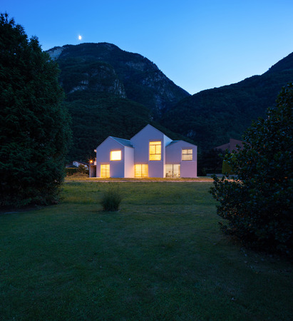 house exterior: architecture, modern white houses, outdoor view by night