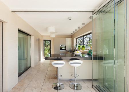 Bonita casa moderna semiproductos, cocina