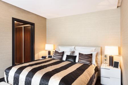 bedspread: modern house beautiful interiors, bedroom