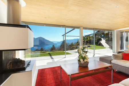 open houses: mountain house modern interior, living room Stock Photo