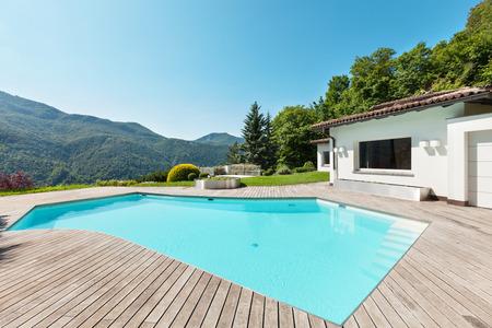 Architektur, Villa mit Swimmingpool, im Freien
