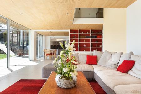 casa di montagna, architettura moderna, interni, soggiorno Archivio Fotografico - 43845830
