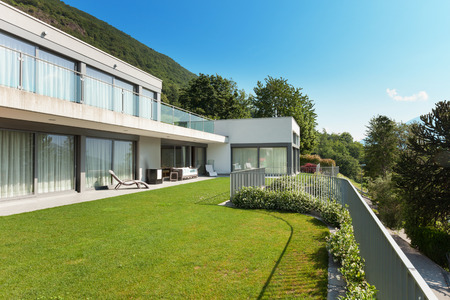 house exterior: Architecture, modern white house with garden, outdoors