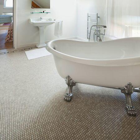 classic interior: Interior of a mansion, luxury classic bathroom with  white tub