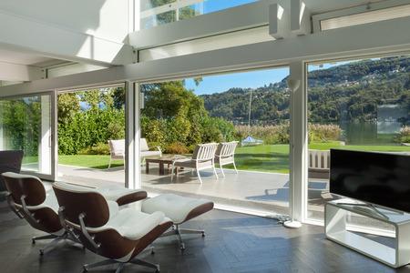 建築、モダンな家、リビング ルームのオープン スペース