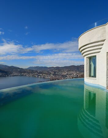 penthouse: beautiful penthouse with infinity pool, exterior