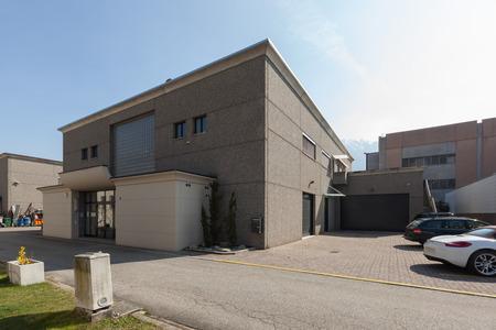 Ansicht der modernen Industriegebäudes Außen Standard-Bild - 57416903