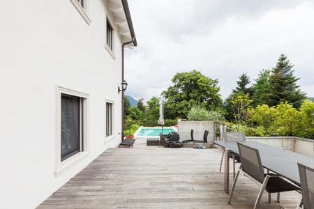 outside house: Modern house exterior