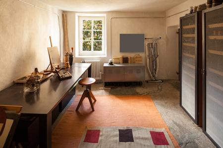 casa de campo: casa de la vendimia amueblado, entre Foto de archivo