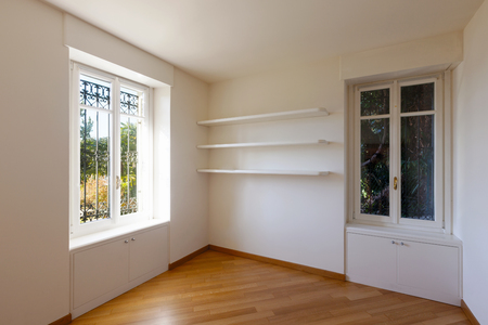 Empty room with fantastic views over Lugano
