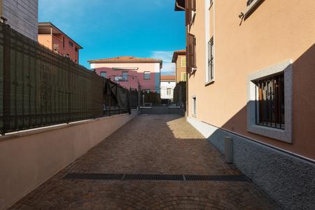 Entrance road to the private villa Standard-Bild