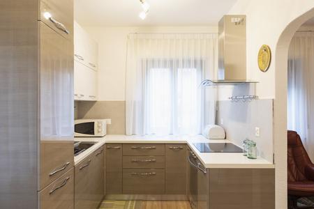 Kitchen in a renovated apartment, nobody inside Standard-Bild - 114299986