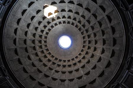 pantheon: Pantheon ceiling
