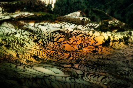yuanyang: Yuanyang is located in Honghe Prefecture, Yunnan province, China, along the Red River  It is well known for its spectacular rice-paddy terracing  Stock Photo