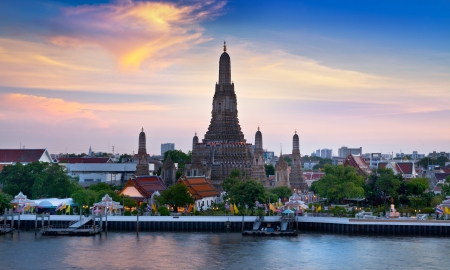 wat arun: Wat Arun, Landmark and No. 1 tourist attractions in Thailand.
