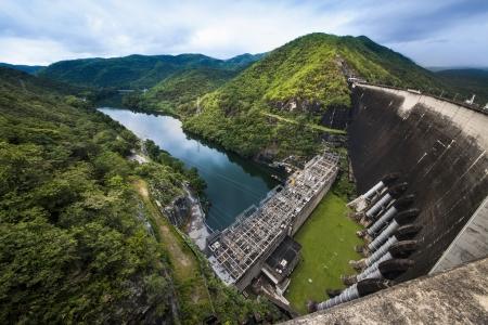 Centrale �lectrique, Bhumibol Dam dans la province de Tak, Tha�lande Banque d'images